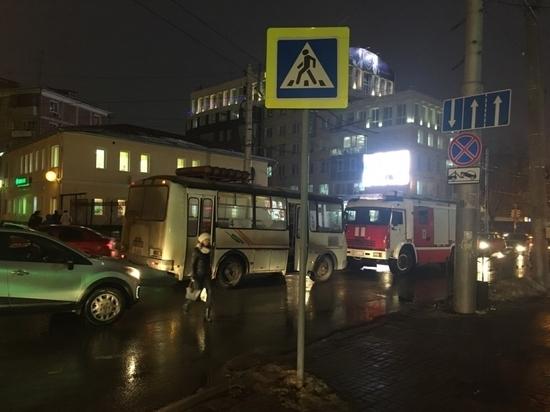 Автобус сбил пешехода в центре Калуги