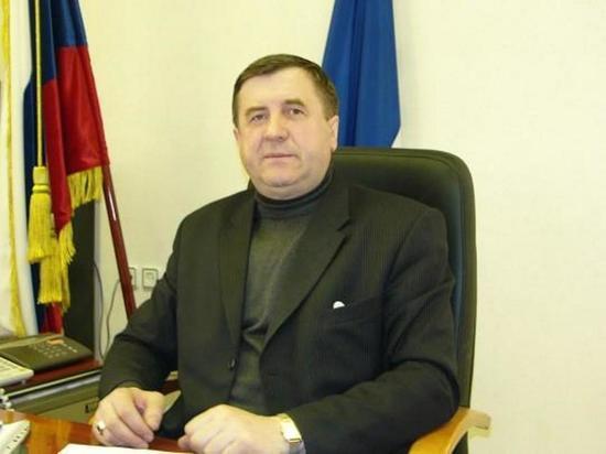 За взятки осудили мэра Казачинско-Ленского района и его зама