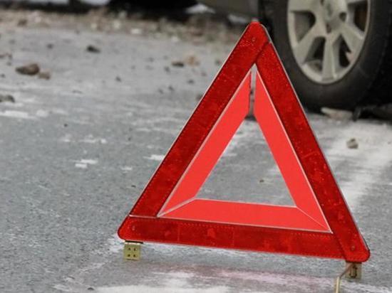 На трассе Иваново – Родники в аварии с участием трех автомобилей погибли два человека