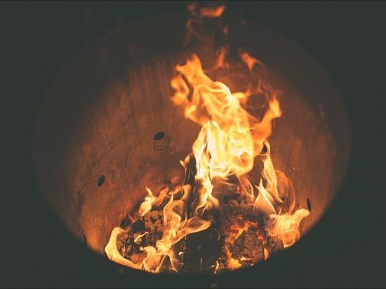 В Саратове пятерых девушек подожгли на экстремальном квесте