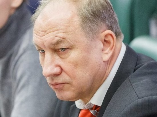 Рашкин предложил «прошерстить» Совфед и Госдуму из-за «дела Арашукова»