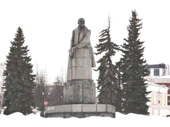 Тайны Круглой площади: почему петрозаводский Ленин носит