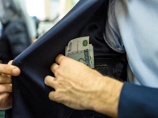Экс-директор УПК Минстроя Чувашии отделался условным сроком за растрату