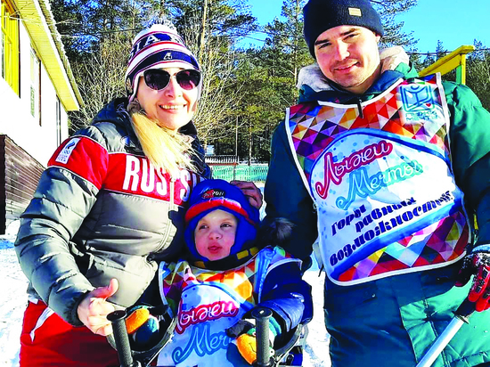В Бурятии горные лыжи ставят особых детей на ноги