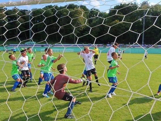 Футбольное поле с подогревом оборудуют в Железноводске