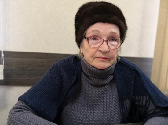 «Я умру в этом павильоне»: как у 77-летней бабушки отбирают её малый бизнес