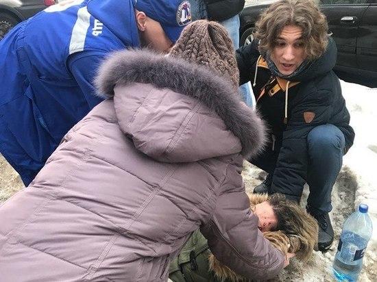 Гололед и наледь массово отправляют петербуржцев в травмпункты