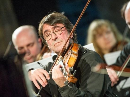 Фестиваль искусств в Сочи откроют Башмет и Хабенский