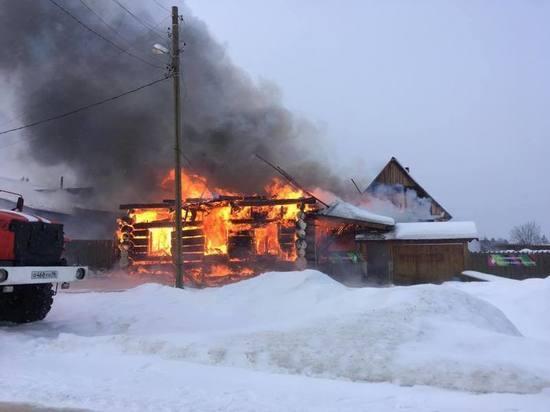 Пожар в доме гончаров: в Нижних Таволгах сгорела знаменитая мастерская