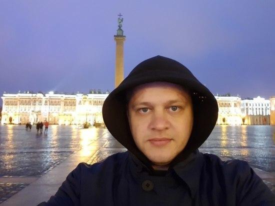 Потерявший семью в «Зимней вишне» Востриков прокомментировал свой «переезд» в США
