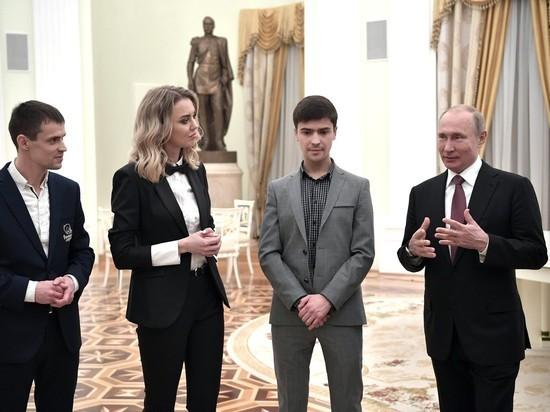Путин пожелал предпринимателям не стать самыми богатыми на кладбище