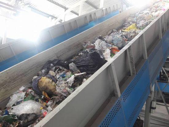 Заключенных Приангарья хотят занять сортировкой мусора