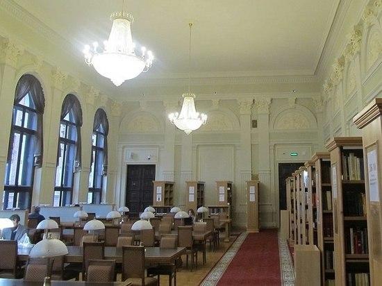 Московскую студентку ударило током в библиотеке