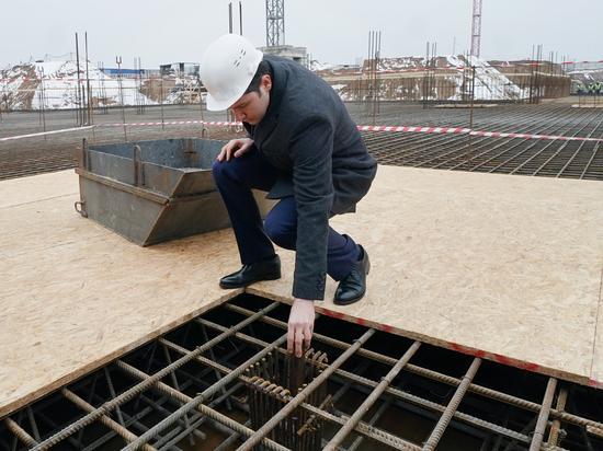 На стройплощадке Калининградского онкоцентра заложили капсулу с посланием потомкам