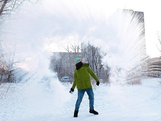 Сибиряки развлекаются:  #дубакчеллендж в сети