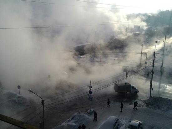 В Томске из-за повреждения теплотрассы на Ивана Черных от тепла отключено более 70 домов