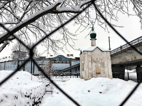 Комитет по охране памятников поручил засыпать траншею и восстановить грунт у Анастасиевской часовни