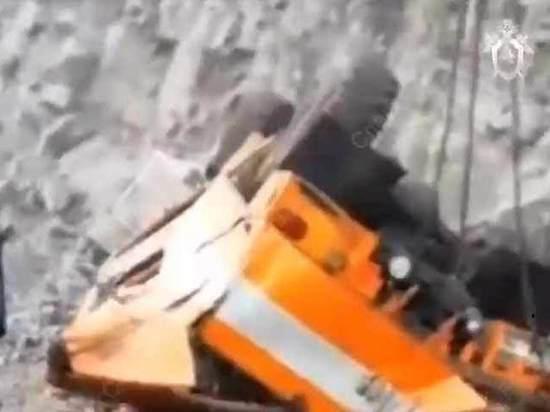 Шахтеры рассказали о падении автобуса: «Летели с обрыва вниз головой»