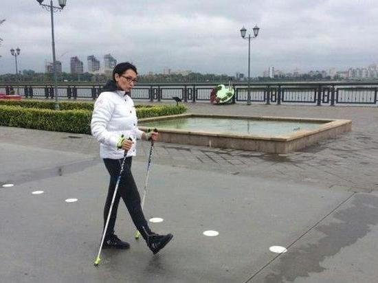 В парках Казани пройдут бесплатные уроки по скандинавской ходьбе