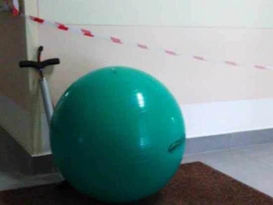 Взрыв мяча в подмосковном роддоме: рухнул потолок, несколько пострадавших