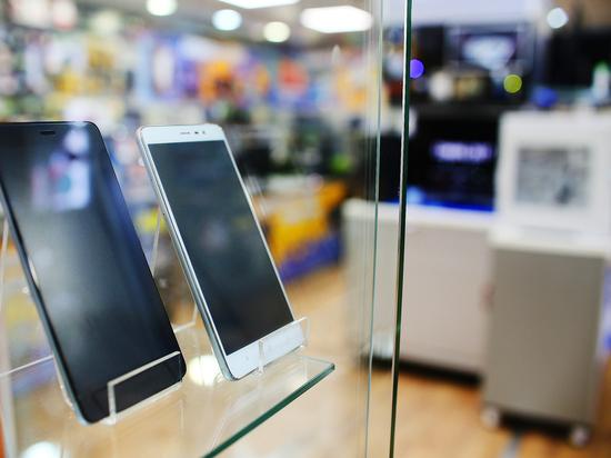 Эксперты назвали самые фонящие смартфоны