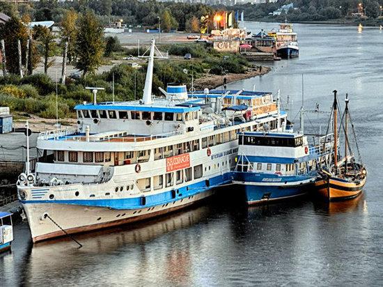 Около 120 юных моряков отправятся в поход из Кронштадта в Севастополь