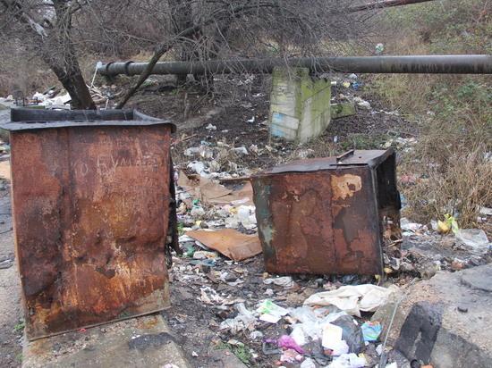 В Севастополе регулярно горит свалка на улице Ангарской