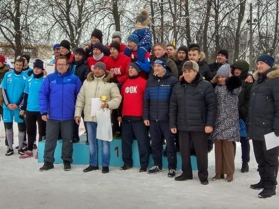 «Единая Россия» играет в футбол в Кимовске