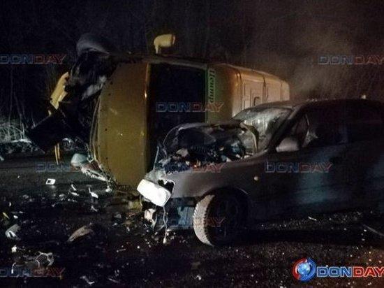 В Ростовской области в ДТП с участием маршрутки пострадали двое