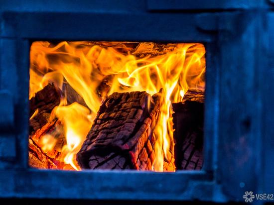 Новокузнечанин спас из пожара трех детей, еще двое погибли