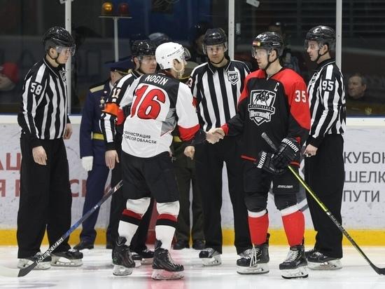 Тамбовские хоккеисты проиграли лидеру ВХЛ