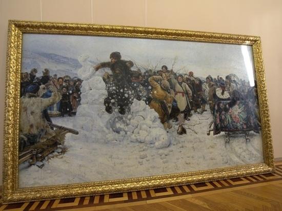 В Красноярске распаковали оригинал картины «Взятие снежного городка»