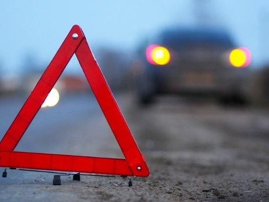 Два человека пострадали в столкновении трех иномарок в Калуге