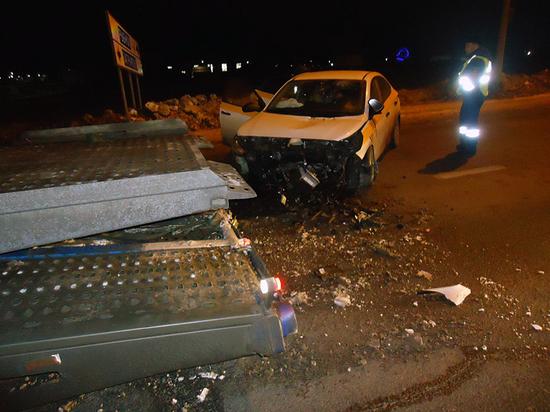 Под Рязанью такси влетело в фуру, четверо пострадали