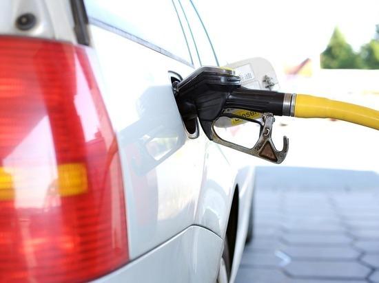 Жители Калмыкии оказались самыми обделенными бензином