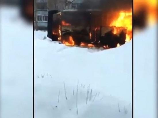 Следственный комитет проверяет информацию о сгоревшем в Ясном автобусе