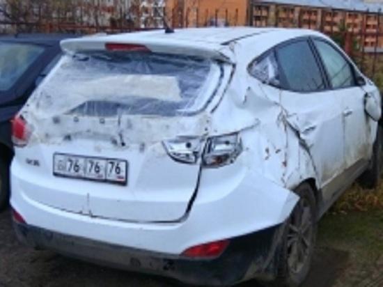 Весь в долгах и без машины: ярославец разбил машину взятую в кредит