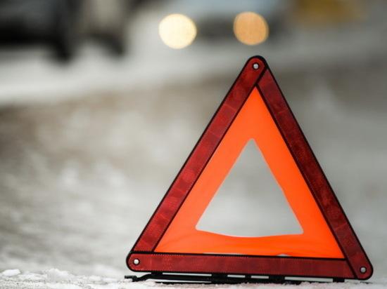 На трассе М8 в автокатастрофе погиб молодой водитель
