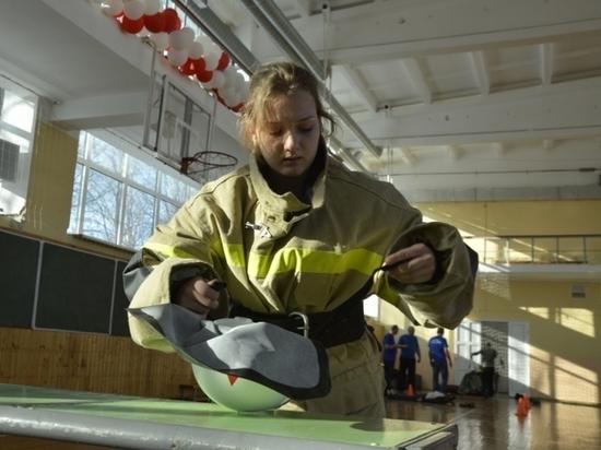 Школьники Мордовии прошли через условную зону химического заражения