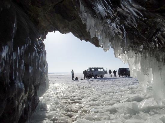 В Бурятии замерзающий рыбак дополз до села почти без сознания