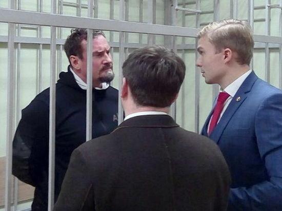 Защита подозреваемого в мошенничестве воронежского депутата обжаловала арест