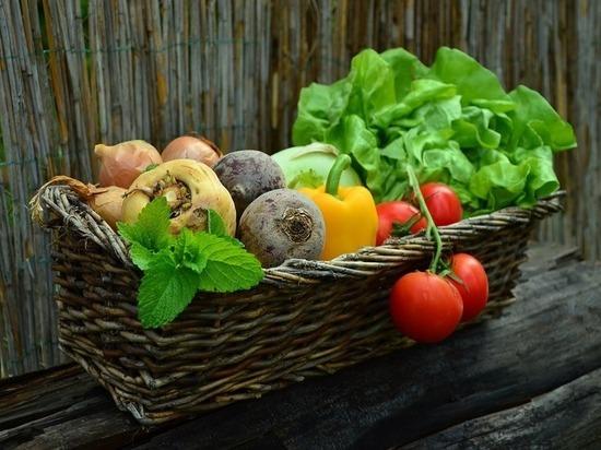 Из всех продуктов сильнее всего в Псковской области дорожают овощи