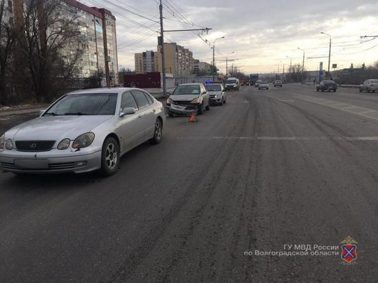 В ДТП на юге Волгограда пострадала одиннадцатилетняя девочка
