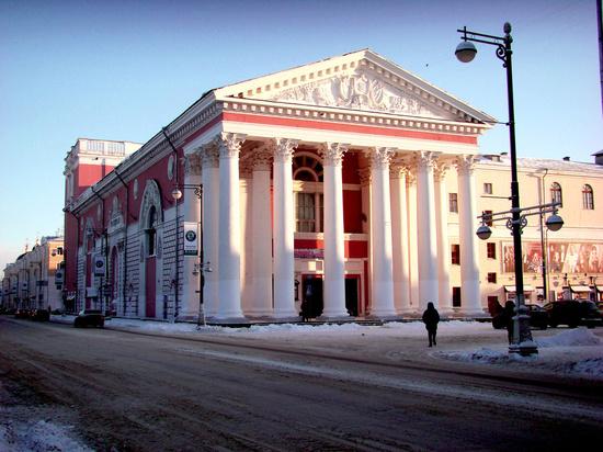 Почти на сутки в Твери перекроют Театральную площадь