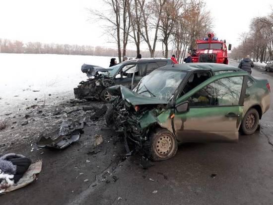 На Дону в ДТП погибла 28-летняя девушка, ее годовалый малыш серьезно пострадал
