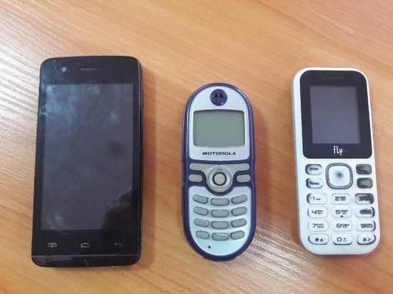 Калужские осужденные прятали телефоны на крыше больницы