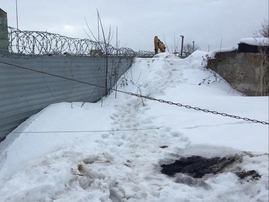 Прокуратура подтвердила наличие зловонной «химической» земли в Новомосковске