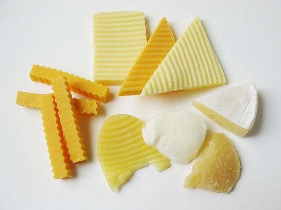В Роскачестве дали рекомендации по выбору плавленого сыра