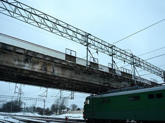 Движение по путепроводу в Тверской области полностью перекроют
