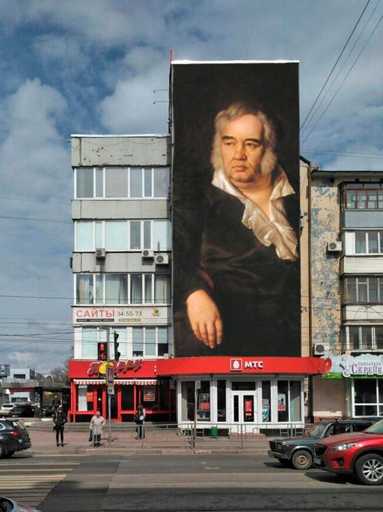 В Твери может появиться фигура Михаила Тверского на весь фасад дома